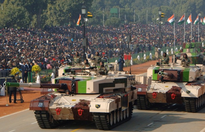 Arjun-Main-Battle-Tank-MBT-Indian-Army-IA-696x447
