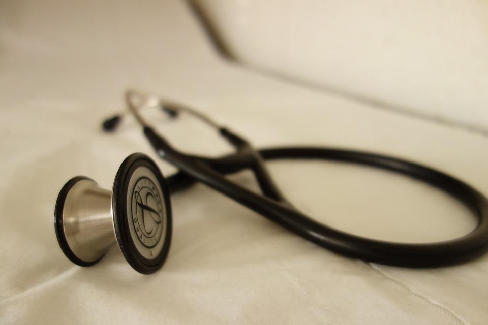 stethoscope-2359757_960_720